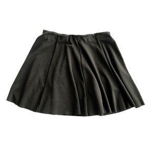 Zara pleated skirt with elastic waist - Large